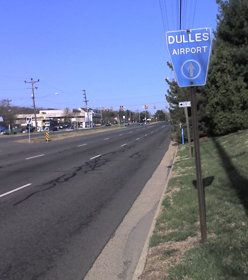 Dulles airport sign on Little River
